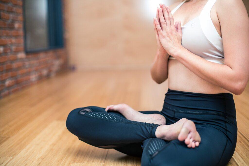 beneficios-de-la-posicion-de-yoga